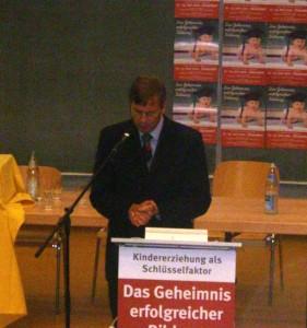 Dr. Bertram Zitscher